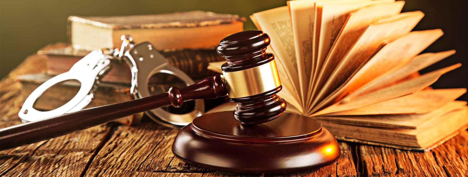وکیل کیفری در تبریز یا وکیل تسخیری ، معاضدتی ؟