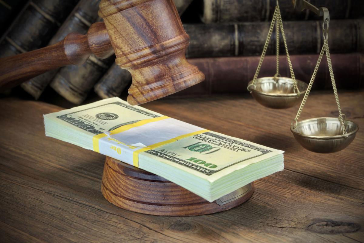 ویژگی های منحصر بفرد بهترین وکیل مالیات در تبریز