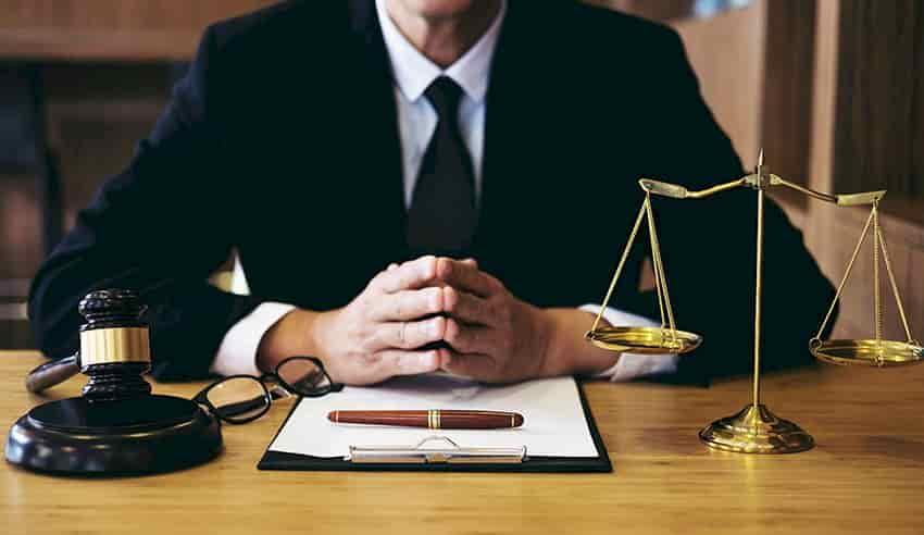چرا وکیل قتل در تبریز؟