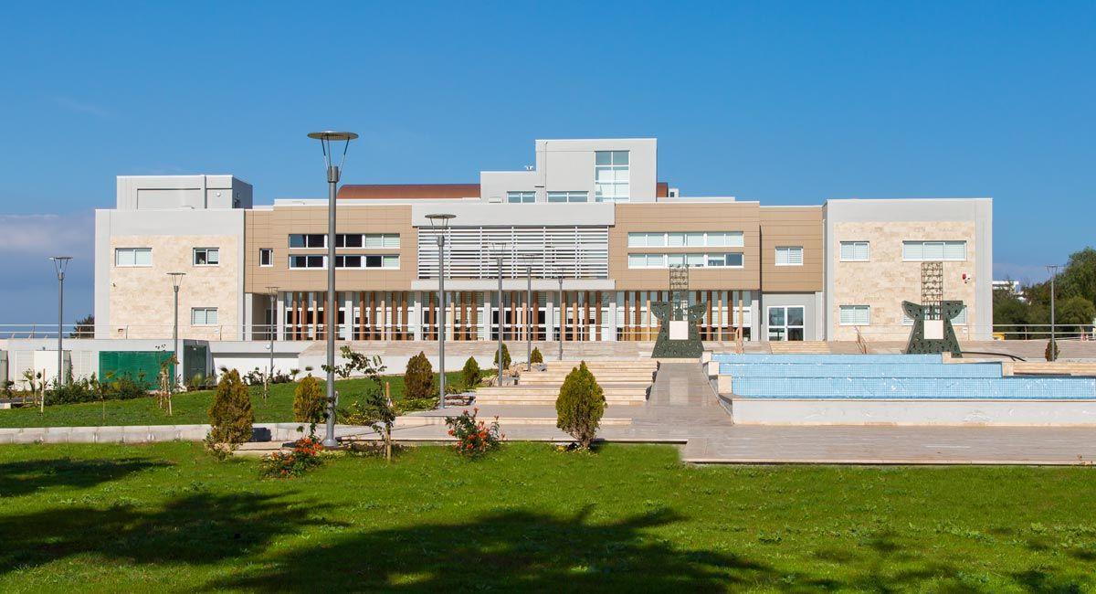 مزایا و امکانات دانشگاه مدیترانه شرقی